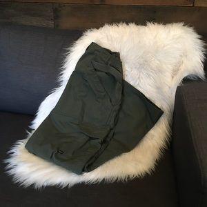 Green tactical cargo pant
